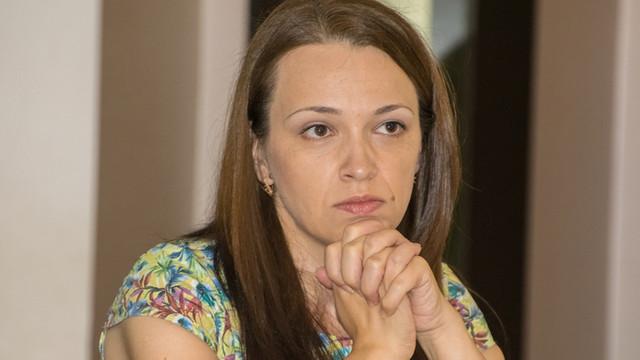 """Angela Grămadă: Autoritățile de la Kiev sunt îngrijorate că Moscova ar încerca să impună """"federalizarea"""" ca soluție pentru conflictul din estul Ucrainei, idee pe care Kremlinul a încercat să o promoveze și la Chișinău"""