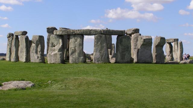 Monumentul megalitic de la Stonehenge trece printr-o operațiune majoră de restaurare și conservare