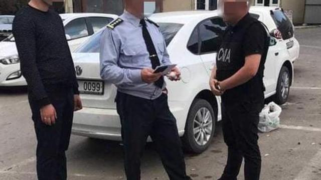 Un colonel al Ministerului Apărării, suspectat că a vrut să scape un tânăr de armată contra 800 de euro