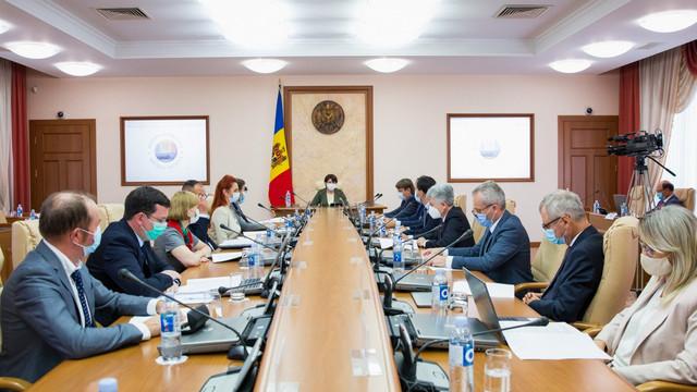 Miniștrii au avizat proiectul care prevede numirea și eliberarea directorilor Serviciului Fiscal de Stat și Serviciului Vamal de către Guvern