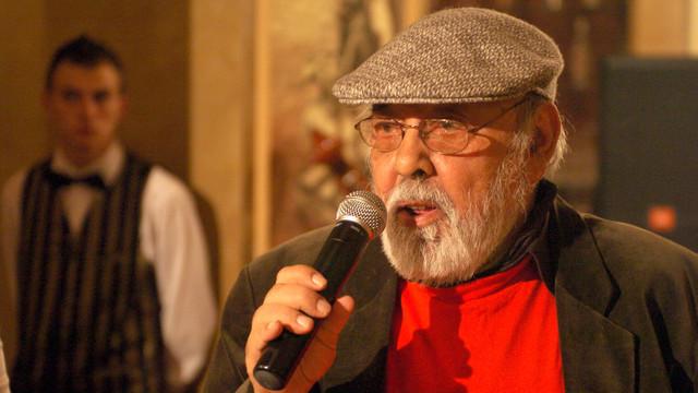 """PORTRET: Johnny Răducanu – """"Mr. Jazz of Romania"""" și povestea sa unică"""