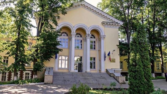 LIVE   Recepționare a unui lot de 13 ventilatoare de respirație asistată și alte dispozitive medicale, oferite cu titlu gratuit R. Moldova de către SUA