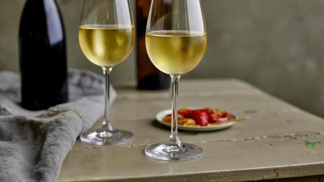 Organizația Mondială a Sănătății recomandă dublarea taxelor pe alcool în Europa pentru reducerea numărului de decese cauzate de cancer