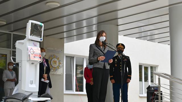 FOTO | Guvernul SUA a oferit R. Moldova un lot de echipamente medicale pentru a înfrunta mai eficient pandemia de COVID-19