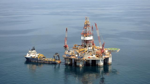 România | A fost instalată o platformă de producție a gazelor naturale în Marea Neagră