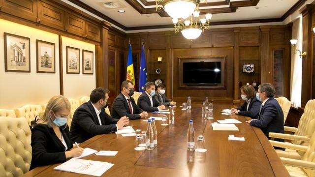 Parlamentul R.Moldova și Asociația Investitorilor din România vor stabili un parteneriat constant