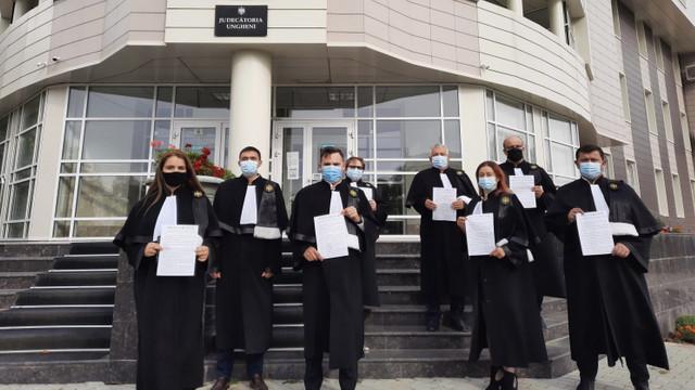 Declarație comună a instanțelor de judecată privind excluderea garanțiilor sociale