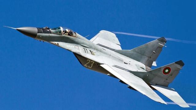 Bulgaria reziliază contractul cu Rusia pentru întreținerea și modernizarea avioanelor MiG-29