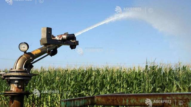 Curtea de Conturi Europeană: Politicile UE nu garantează că fermierii nu utilizează apa în mod excesiv