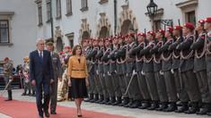 VIDEO | Președinta Maia Sandu a fost întâmpinată cu onoruri militare de către președintele Austriei