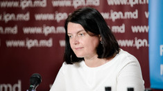 """Interviu   Ala Tocarciuc: """"În situația R. Moldova, care are un nivel de vaccinare foarte redus, nu există altă soluție decât carantina pentru cel puțin zece zile"""""""