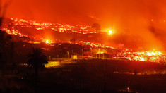 Insula La Palma, zguduită de 79 de cutremure. Oamenii se tem că vor fi noi erupții ale vulcanului Cumbre Vieja