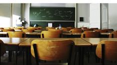 Vacanța de toamnă se prelungește pentru școlile din zonele aflate în pragul de alertă roșu